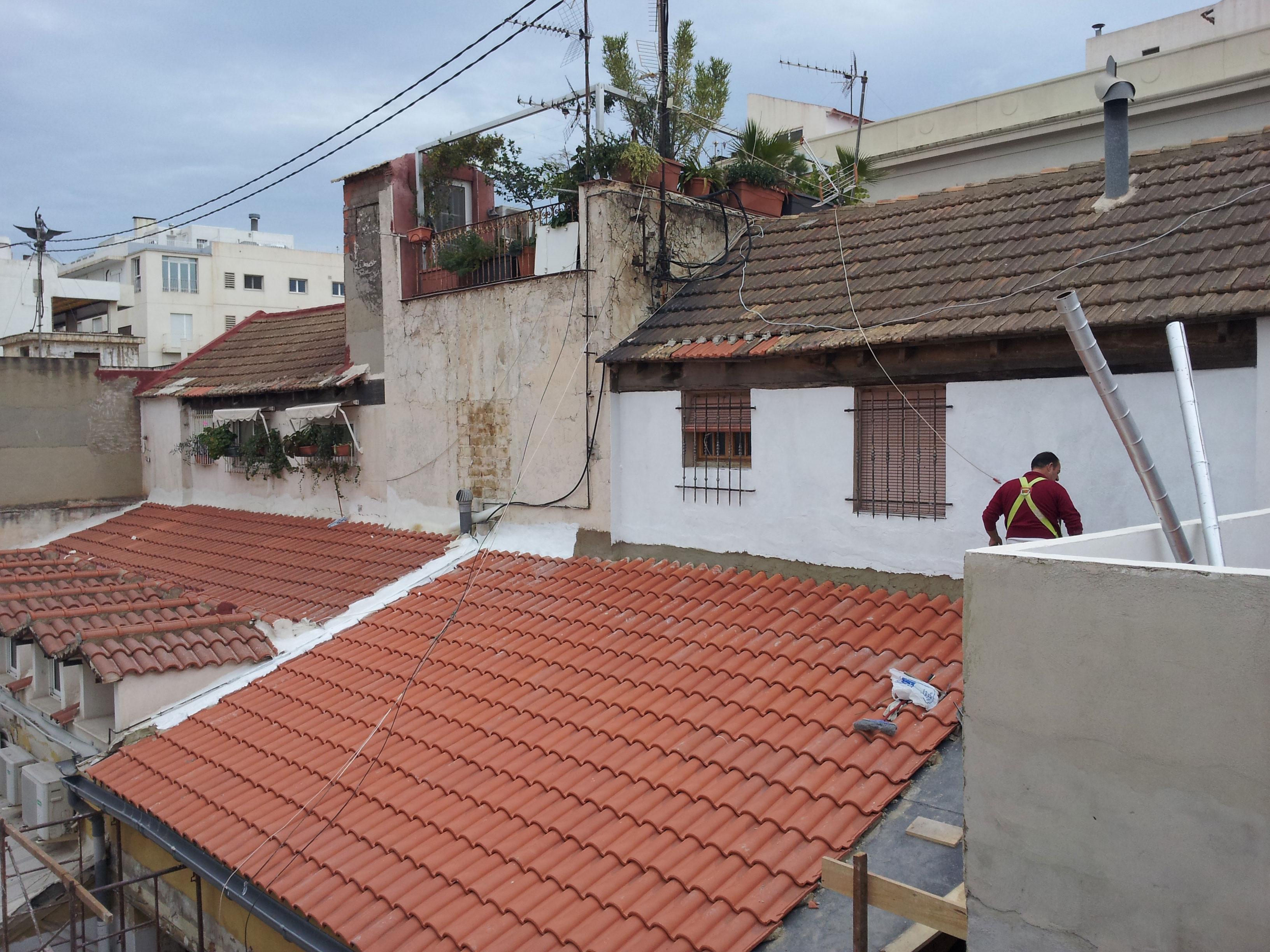 Empresa de obras y reformas en tejados y cubiertas precio en Alicante