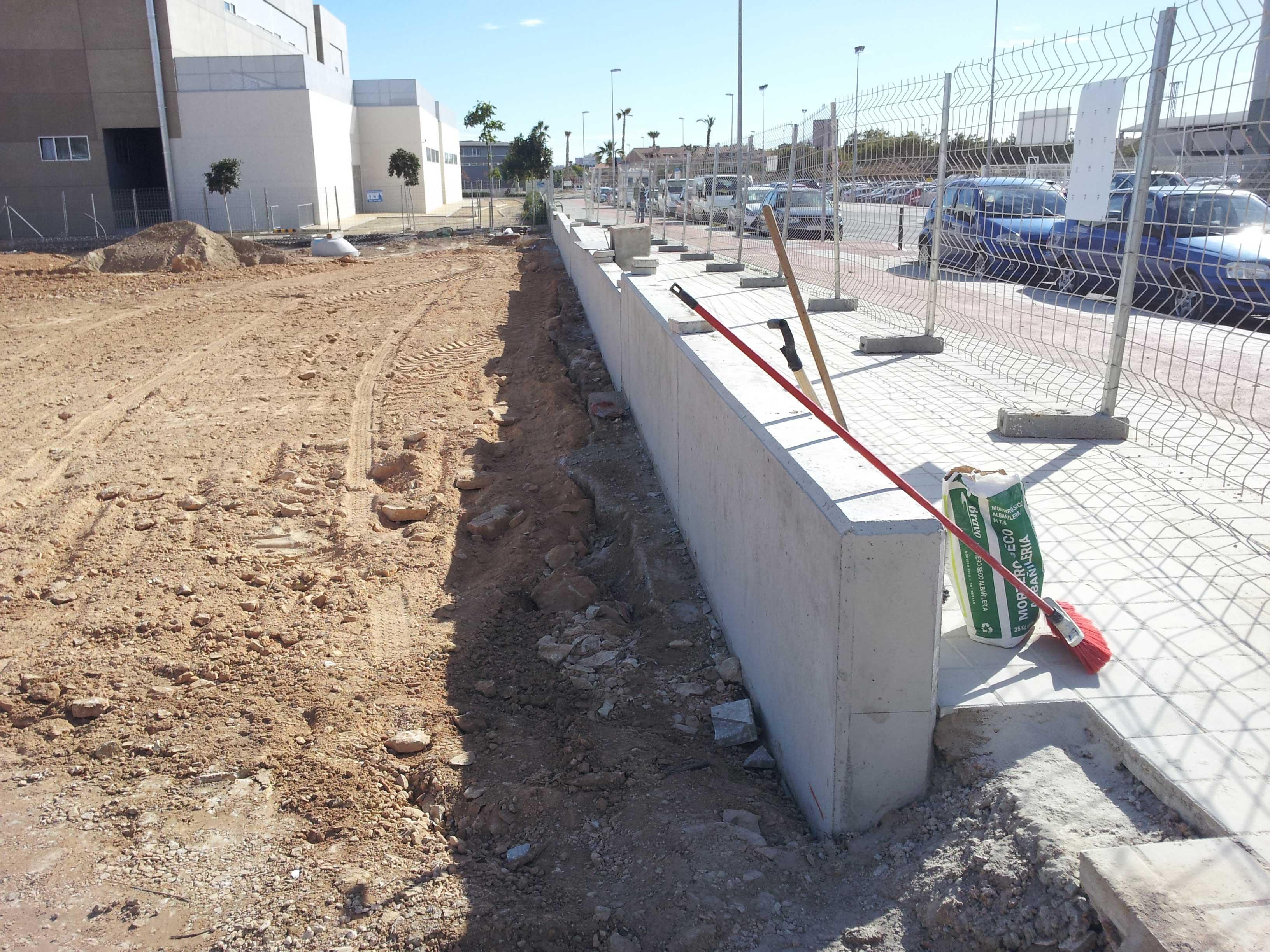 Inelsa empresa de construcci n en alicante construccion de muros de hormigon armado - Muros de hormigon ...